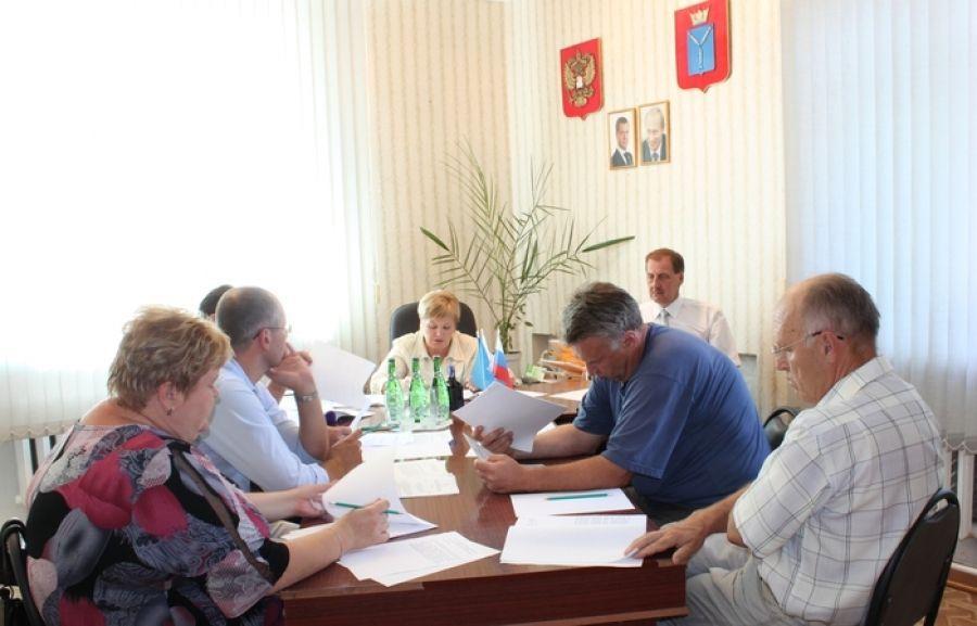 Депутаты избрали нового главу Вязовского муниципального образования