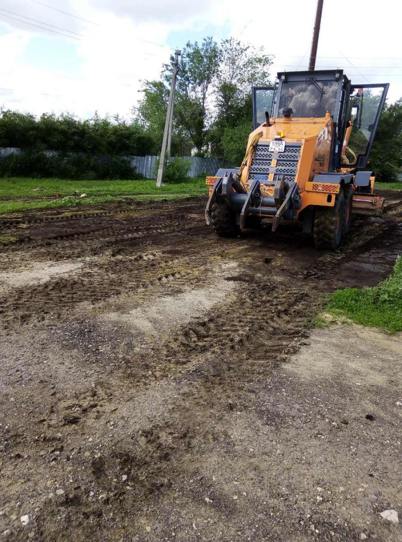Подготовка  территории для строительства спортивной площадки в с.Широкое