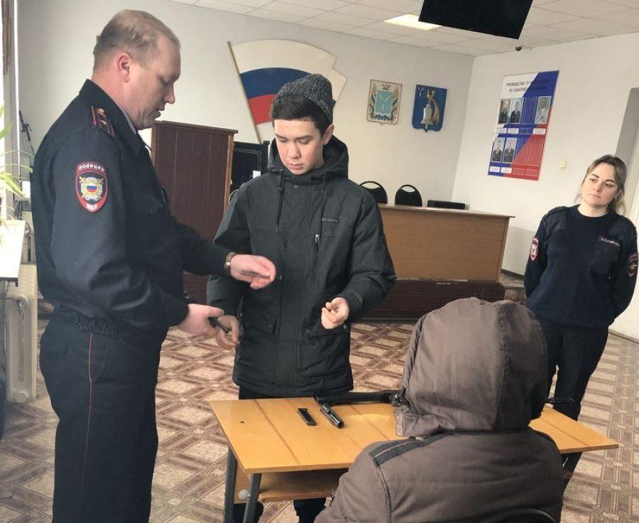Познавательная экскурсия в районный отдел полиции