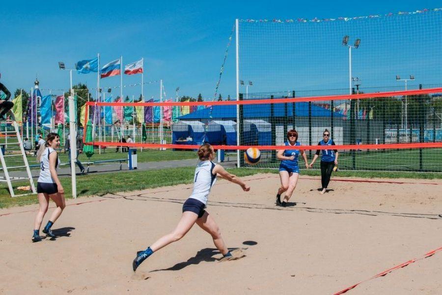В ритме пляжного волейбола