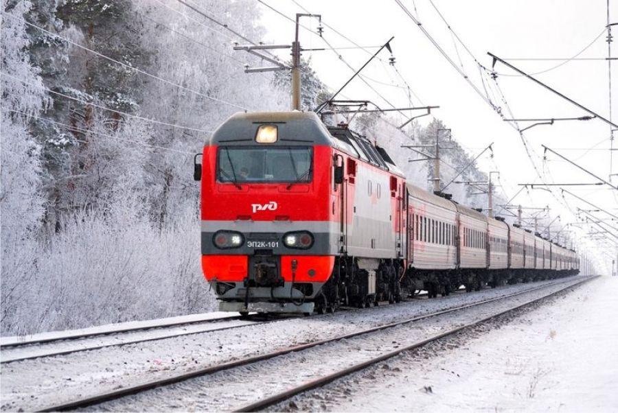 Поезда следуют с опозданием