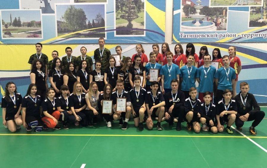 Районные соревнования по волейболу среди школьников