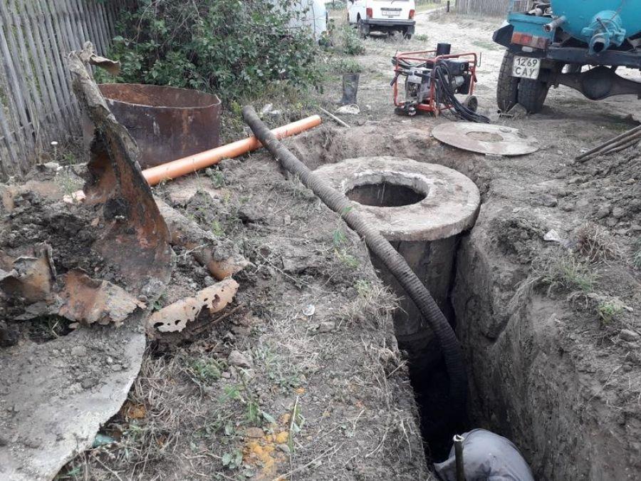 Ремонтные работы системы водоотведения в п.Садовый