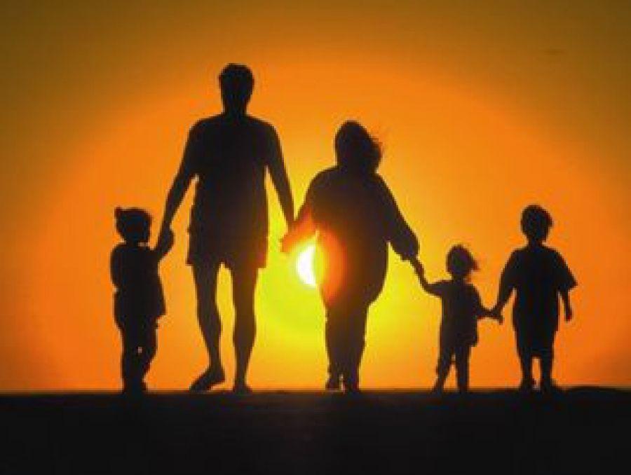 В помощь большим семьям
