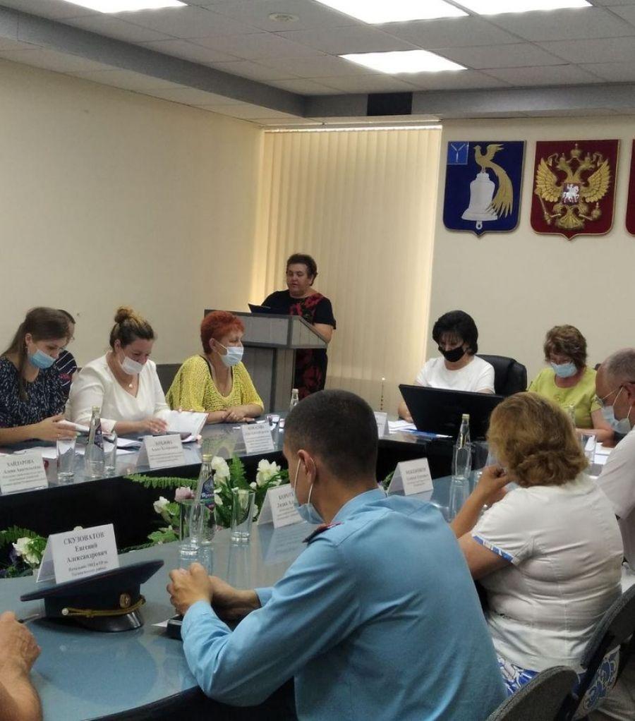 Заседания межведомственной комиссии по организации летней оздоровительной кампании