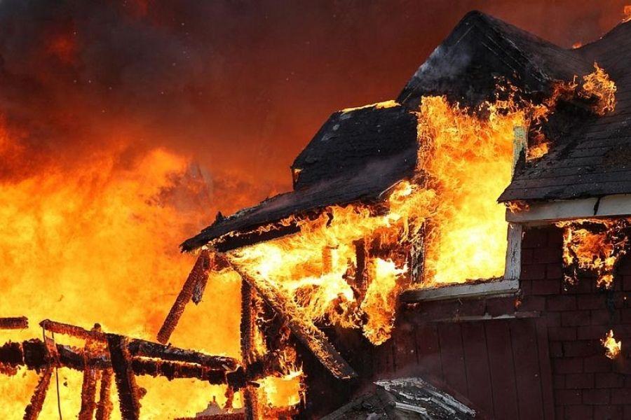 Пожар в селе Сокур