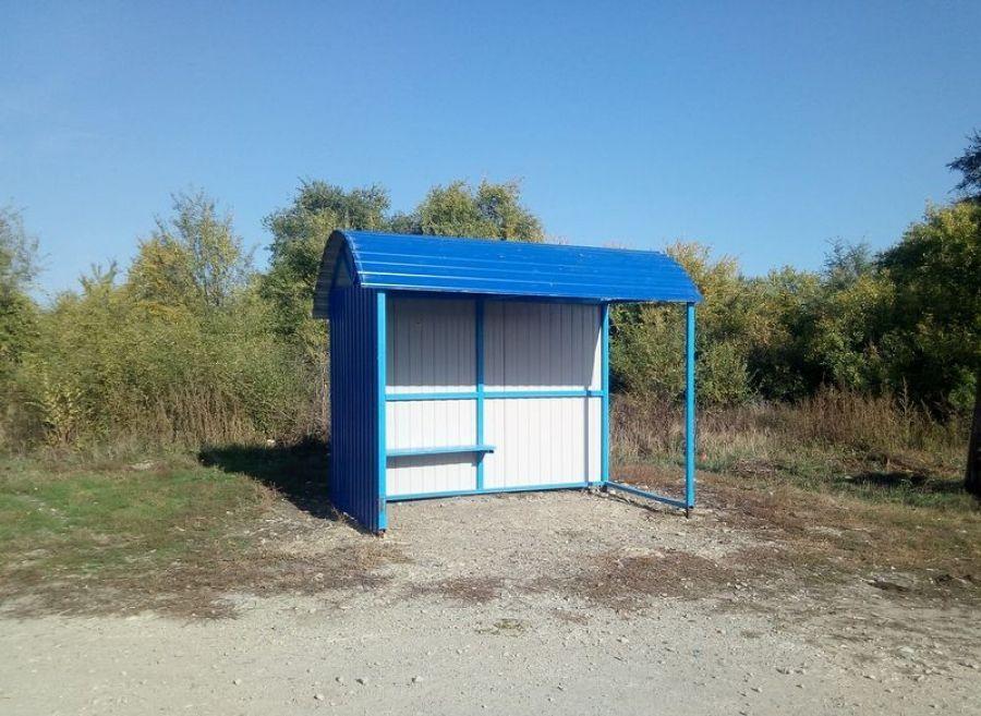 Новый остановочный павильон установлен в с.Неёловка