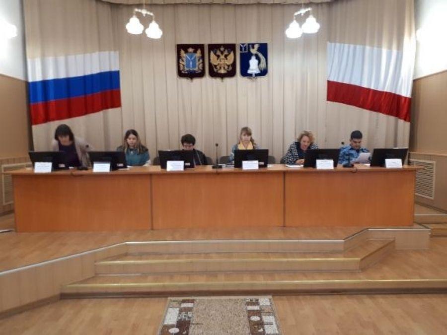 Заседание комиссии по делам несовершеннолетних