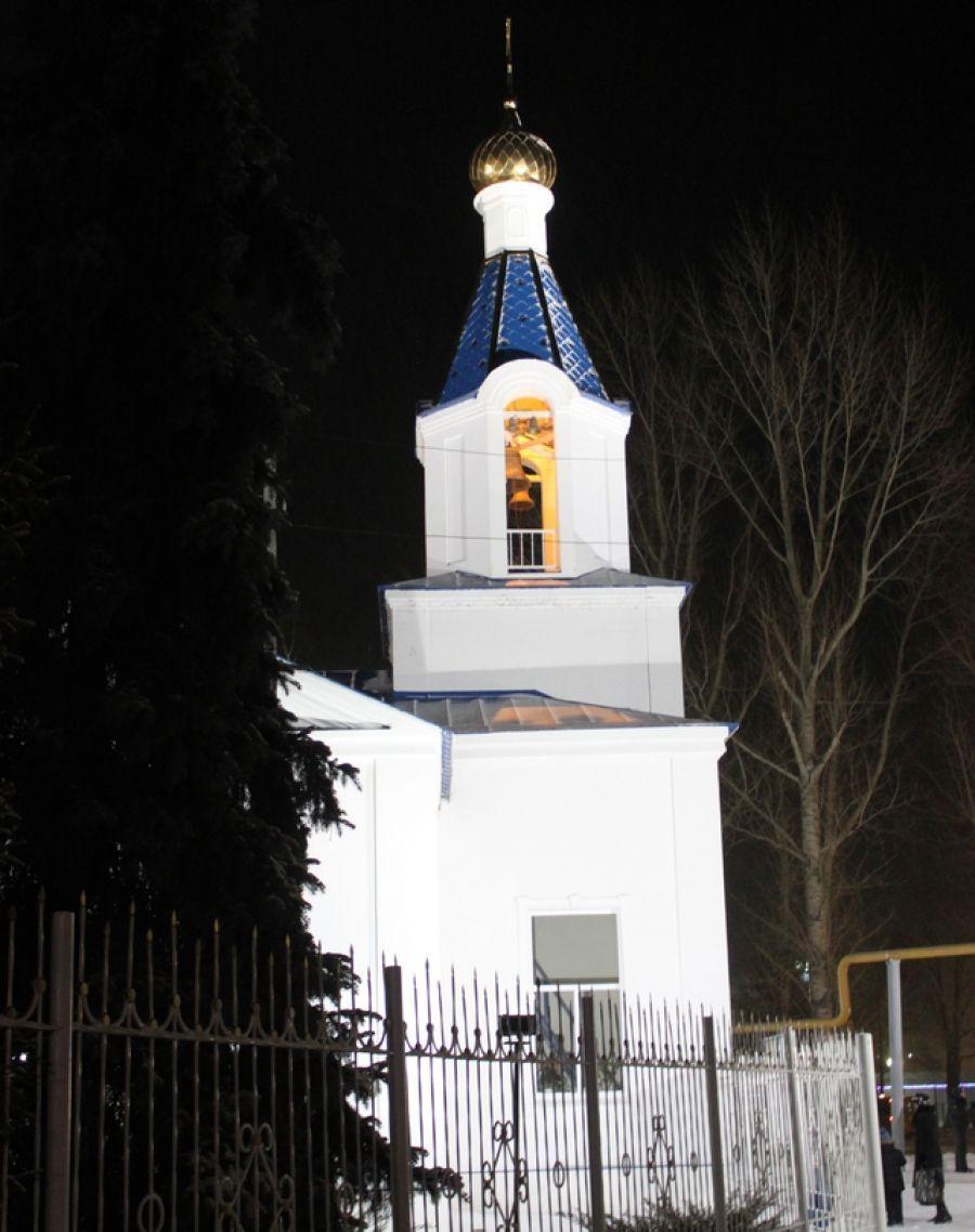 Праздничные богослужения в храмах района