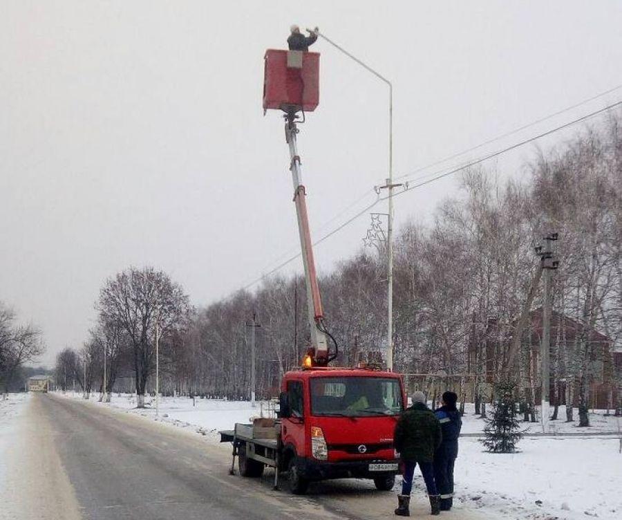 Замена фонарей уличного освещения в с.Вязовка