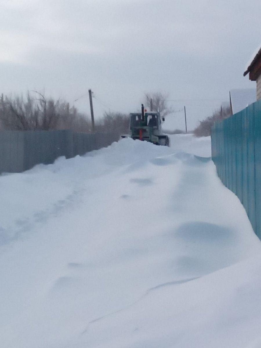 В Идолгском муниципальном образовании продолжаются работы по расчистке снега