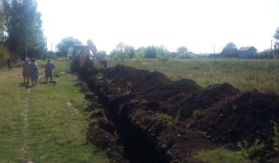 Ремонт водопровода в деревне Константиновка
