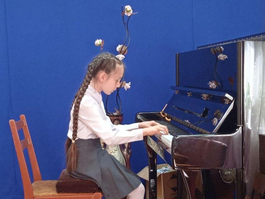 В Детской школе искусств р.п.Татищево идут переводные экзамены