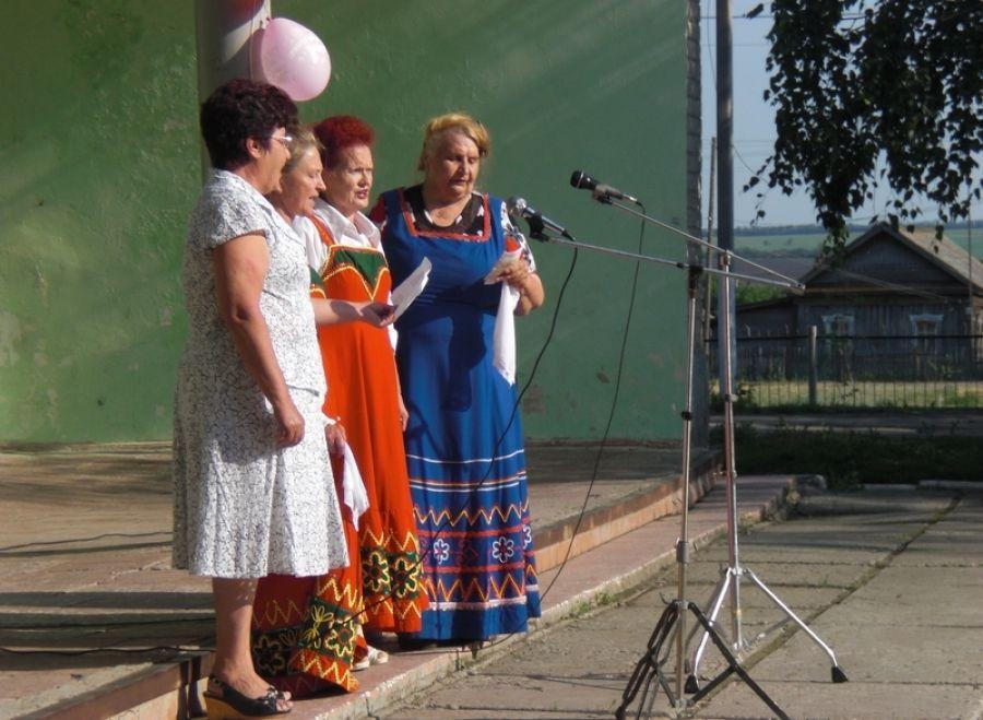 В с.Октябрьский Городок отпраздновали День России