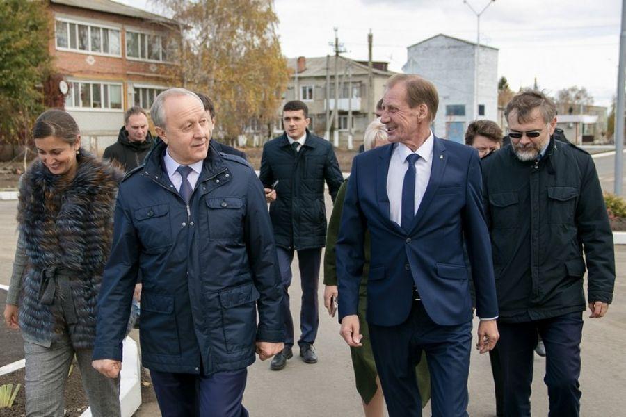 Глава региона посетил Татищевский район с рабочим визитом