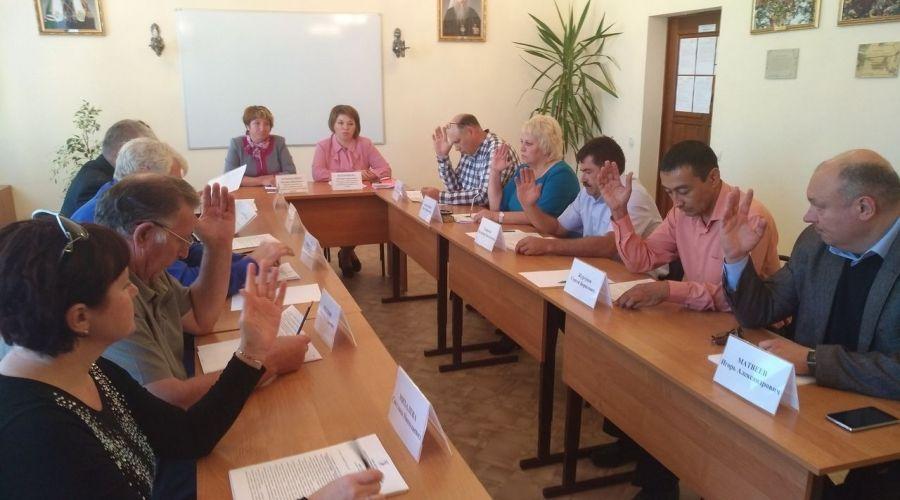 Заседание народных избранников в Садовском МО