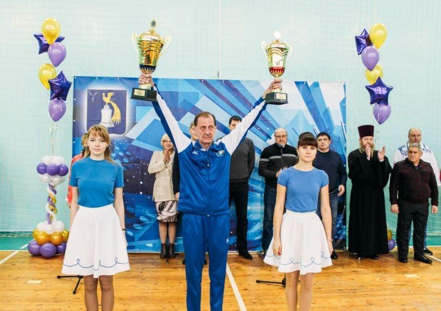 В Татищево стартовал турнир по волейболу на Кубок главы района