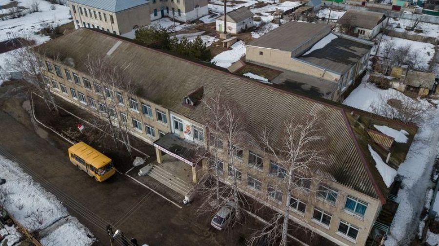 Предстоящий ремонт скатной кровли здания школы п.Садовый