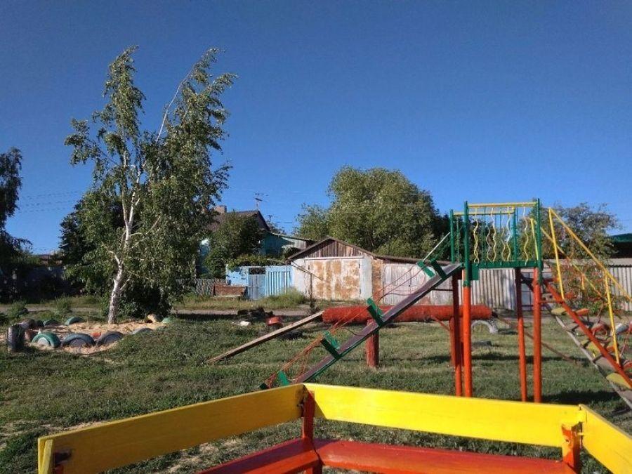 Яркие краски детства: обновленная игровая площадка