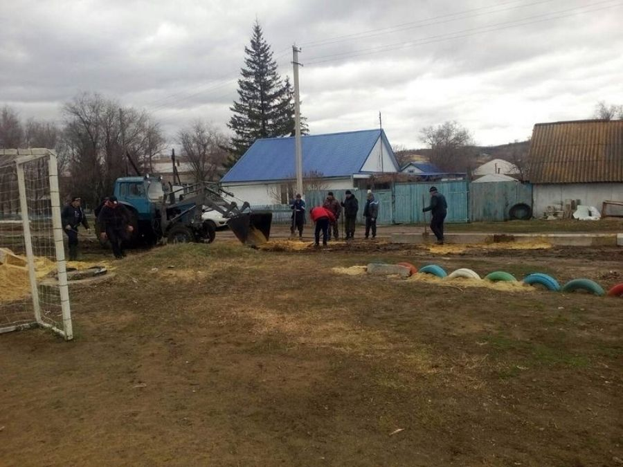 В Сторожевском МО продолжаются работы по благоустройству