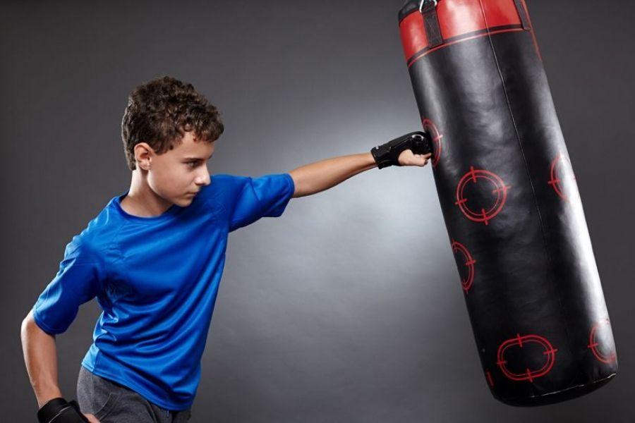 Физкультурно-оздоровительный комплекс «Энергия» приглашает на бокс!