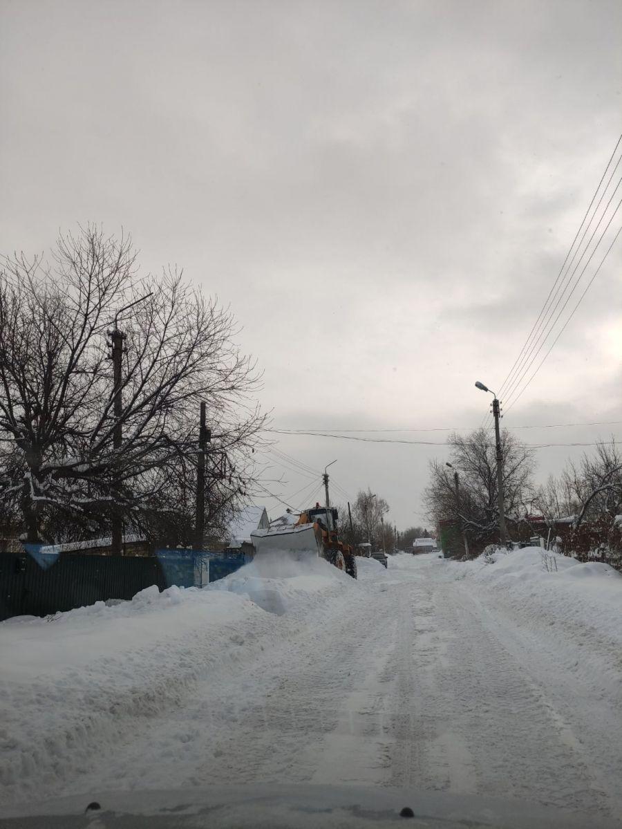Работа по очистке дорожно-уличной сети идет в Сторожевском МО