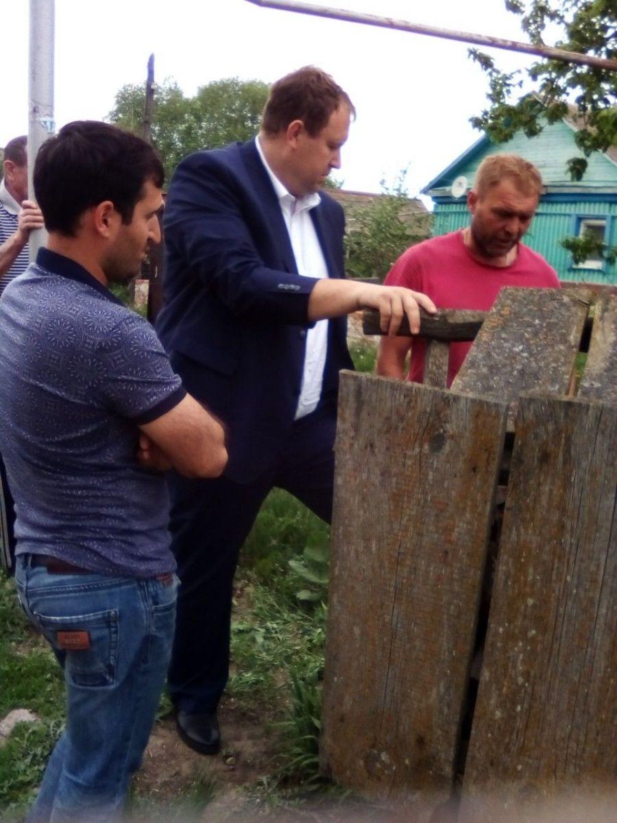 Встреча по ремонту колодца в с.Октябрьский Городок