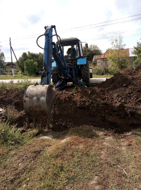 Ремонт водопровода в деревне Македоновка