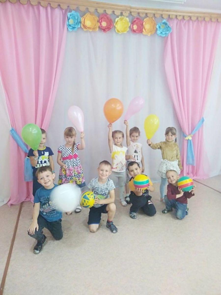 Праздник воздушных шариков для Вязовских дошколят