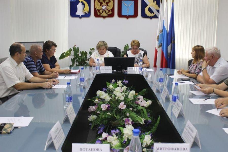 Общественный совет Татищевского муниципального района избрал председателя