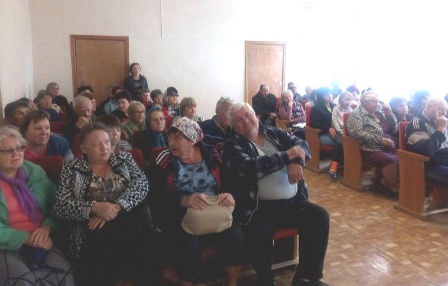 Собрание потребительского кооператива «Родник» в с.Октябрьский Городок