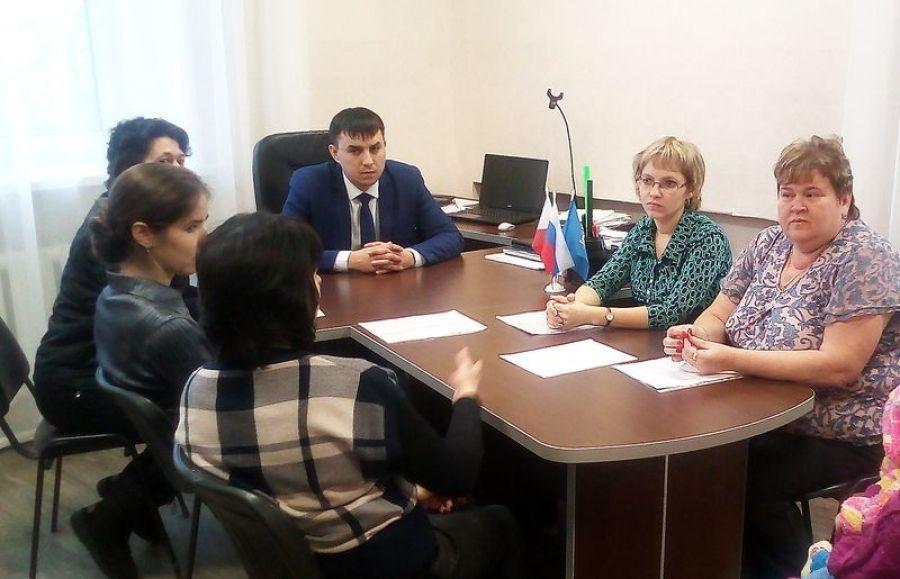 В Вязовском МО состоялось заседание общественной комиссии по делам несовершеннолетних