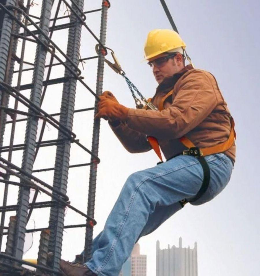 Работы на высоте опасны для здоровья
