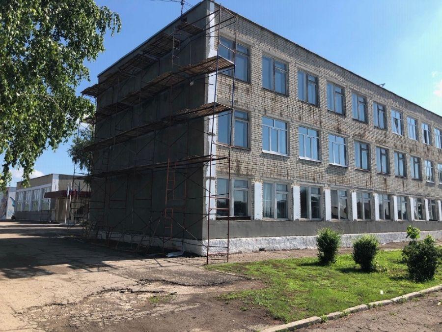 В Татищевском лицее продолжаются ремонтные работы